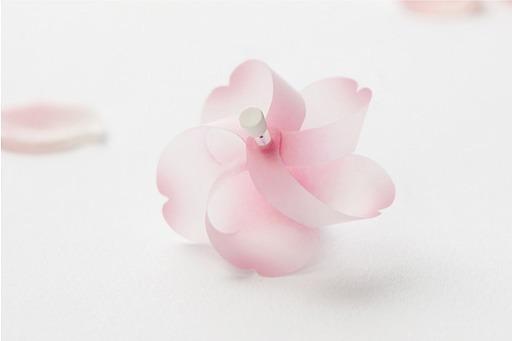 マグネットピン 「Kaze guru ma(かぜぐるま)」 新色の桜が発売開始